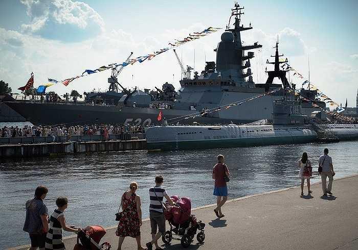 Tàu hộ tống nhỏ lớp Steregushchy được trang bị nhiều loại vũ khí hiện đại và mạnh nhất của Hải quân Nga hiện nay