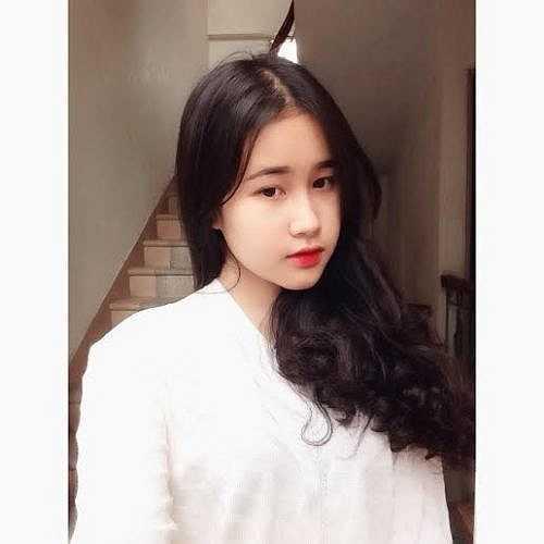 Kim Cúc mong muốn đỗ vào ĐH Sân khẩu điện ảnh Hà Nội.