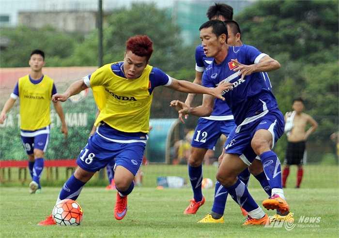Xác định đối thủ ở một đẳng cấp cao hơn nhiều, tuyển Việt Nam cần có đấu pháp hợp lý. (Ảnh: Hà Thành)