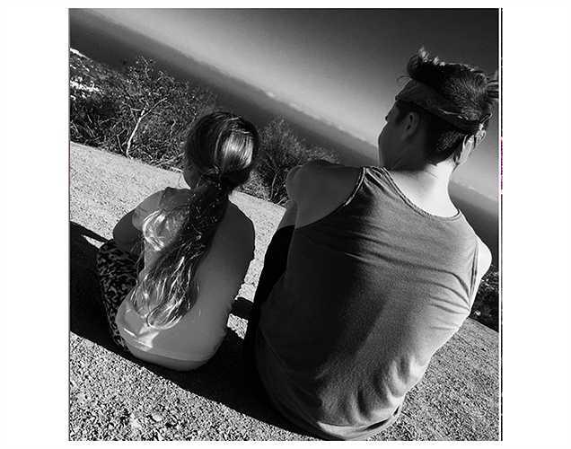 Cậu cả Broolyn và cô út Harper nhà Vic-Beck rủ nhau đi leo núi.