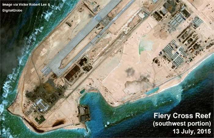 Rìa Tây Nam bãi đá Chữ Thập, nơi các nhà phân tích tin Trung Quốc sắp dựng một đài radar