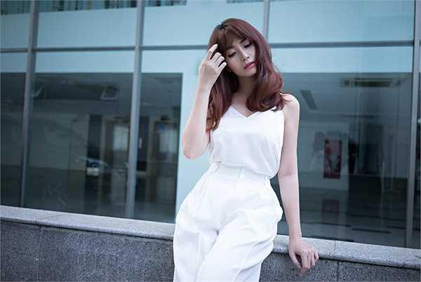 Vừa hoàn tất phim Nhảy cùng ước mơ, Việt My đã ra mắt MV Yêu một mình