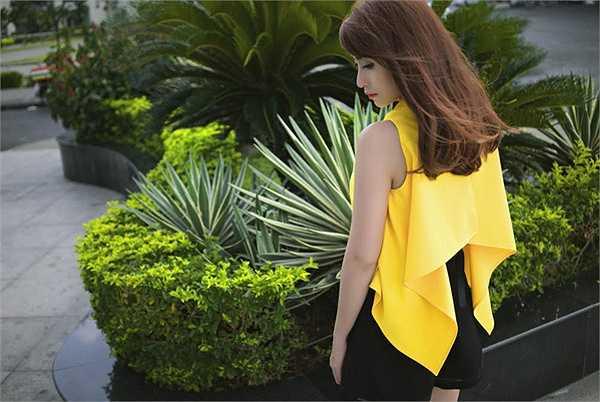 Việt My cho biết, với mong muốn có được hình ảnh đẹp hơn trong mắt công chúng, cô chăm chỉ tập gym mỗi ngày  và đầu tư một cách nghiêm túc cho việc xây dựng phong cách thời trang sân khấu lẫn thời trang đường phố.