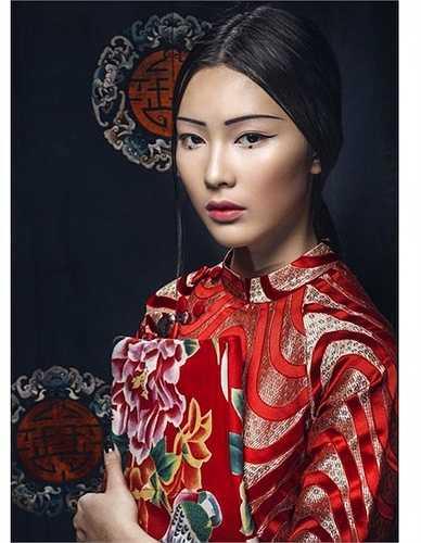 Cô là hot girl, người mẫu ảnh và là một fashionista nổi tiếng ở TP.HCM