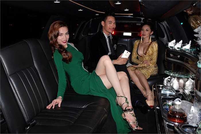 Chiều 28/9 theo giờ Hoa Kỳ, vnh dự nhận được lời mời từ BTC America's Next Top Model 22 và một trong hai nhà tài trợ chính của chương trình, Hồ Ngọc Hà, Tóc Tiên, Lý Quý Khánh và nhiếp ảnh gia Tang Tang đã đại diện cho giới thời trang Việt Nam tham dự sự kiện năm nay.