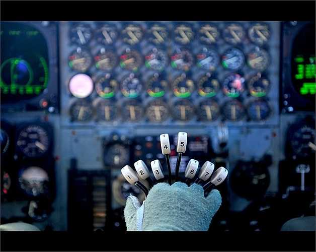 Đây là loại máy bay ném bom phản lực hạng nặng do hãng Boeing sản xuất theo đơn đặt hàng của Lầu Năm Góc để làm nhiệm vụ ném bom hạt nhân trong chiến tranh toàn cầu