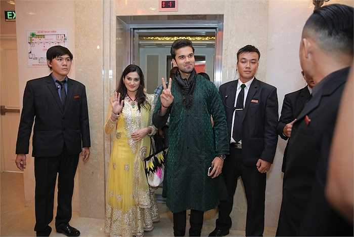 Chiều qua (30/7), hai diễn viên Smita Bansal và Avinash Mukherjee đã có buổi gặp gỡ với báo giới và các fans tại TP.HCM.