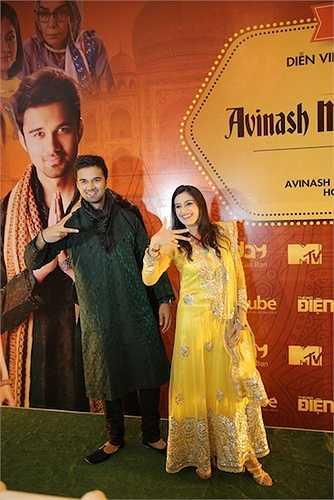 Avinash và Smita được biết đến là hai diễn viên chính trong bộ phim 'Cô dâu 8 tuổi'.