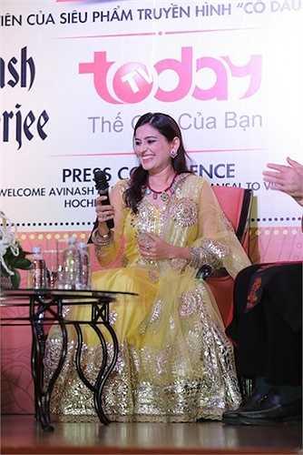 Nụ cười toả nắng của nữ diễn viên người Ấn Độ.