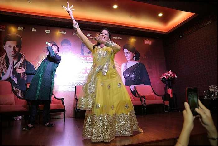 Avinash khiến mọi người 'đứng ngồi không yên' khi khoe chất giọng trầm ấm qua ca khúc chủ đề của bộ phim.