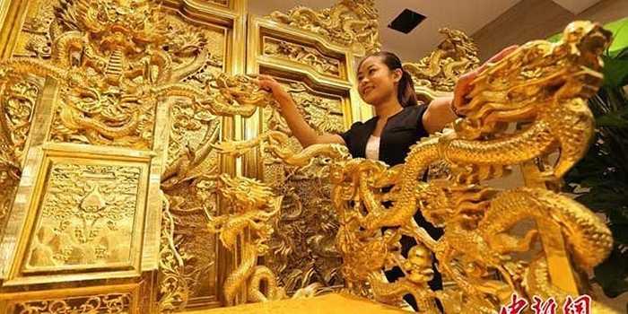 Trị giá của ngai vàng lên đến 40 triệu nhân dân tệ