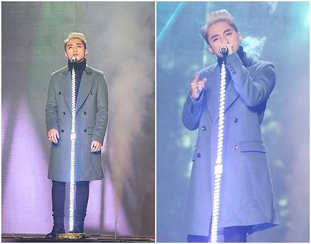 Ngày 24/1 năm nay, trong chương trình Hội ngộ Danh hài, Sơn Tùng M-TP đã trình diễn ca khúc 'Chắc ai đó sẽ về'. Khi chương trình phát sóng, người hâm mộ không khó để nhận ra nam ca sĩ chỉ nhép miệng.