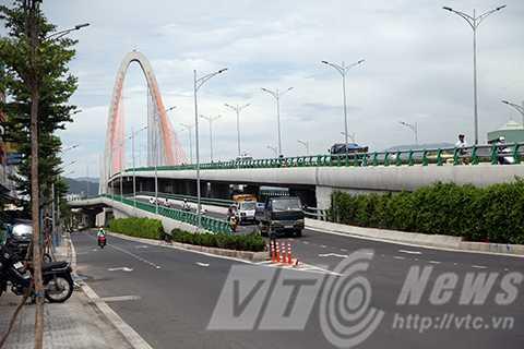 ngã ba huế, nút giao thông, cầu 3 tầng, vết nứt, Đà Nẵng
