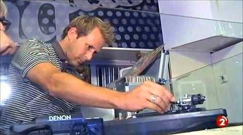 Gaizka Mendieta - Tiền vệ tài hoa Tây Ban Nha trở thành DJ nổi tiếng