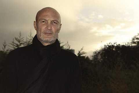 Frank Lebouef - Cựu hậu vệ của Chelsea theo nghiệp diễn viên sau khi chia tay bóng đá