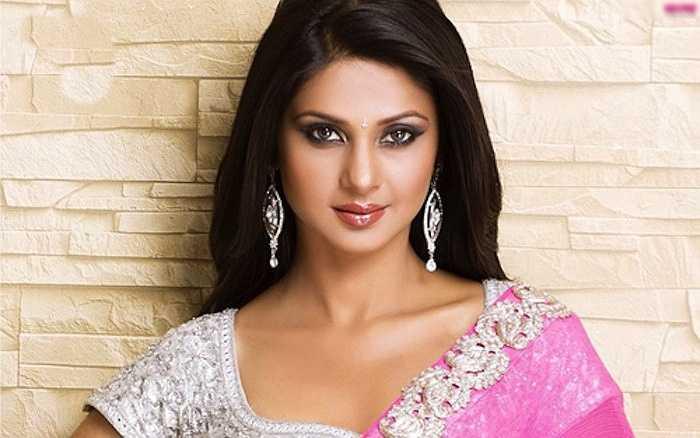 3. Jennifer Winget là một trong những nữ diễn viên - MC có khuôn mặt khả ái nhất làng điện ảnh Ấn Độ.