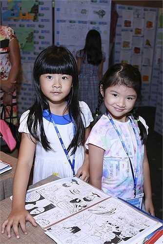 Gia đình MC Bình Minh và cô con gái đầu lòng của nữ diễn viên Trương Ngọc Ánh - Trần Bảo Sơn vừa đến tham dự một sự kiện.