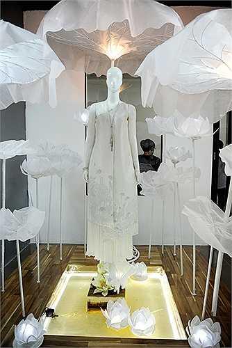 Những bộ trang phục do các bạn sinh viên Học viện thời trang London thiết kế không chỉ đẹp mắt mà còn có tính ứng dụng cao trong thực tế