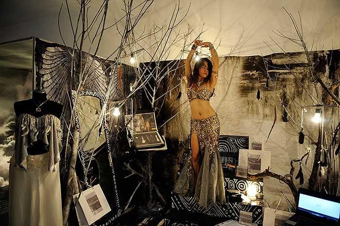 Ý tưởng của những thiết kế thời trang độc đáo được những vũ công bellydance trợ giúp