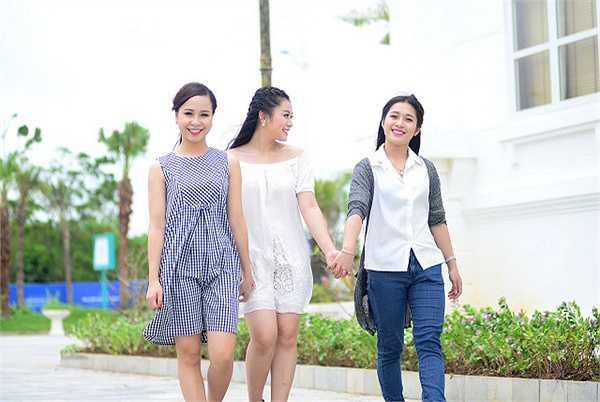 3 thí sinh nổi trội gây chú ý của dòng dân gian, đó là Nguyễn Thị Hồng Duyên đến từ Thái Bình, Nguyễn Thị Thu Hằng đến từ Hà Nội, và Nguyễn Thị Thuỷ đến từ Quảng Ninh.