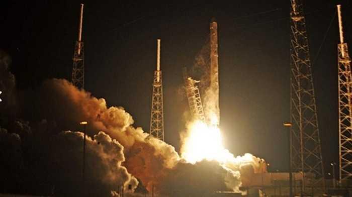 Tỷ phú Elon Musk, người sáng lập ra công ty vũ trụ tư nhân SpaceX còn tự xây một trạm vũ trụ riêng để nghiên cứu vũ trụ và sự sống ngoài trái đất.