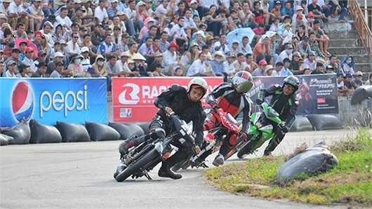 Vietnam Motorbike Festival sẽ có sự góp mặt của nhiều thương hiệu phụ kiện nổi tiếng cùng một loạt các lò độ xe đang được ưa thích tại TP.HCM. Những thương hiệu của lò độ xe này sẽ đem đến triển lãm mini những mẫu xe độ cực kỳ hấp dẫn được làm thủ công handmade.