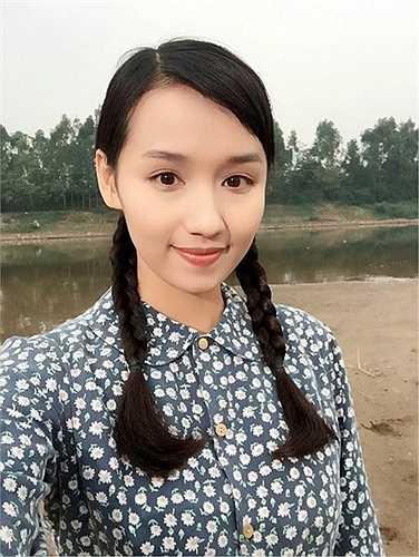 Sau 2 năm nghỉ sinh con và chăm lo cho tổ ấm, Lã Thanh Huyền mới quay trở lại với điện ảnh với bộ phim đề tài chiến tranh 'Người trở về'