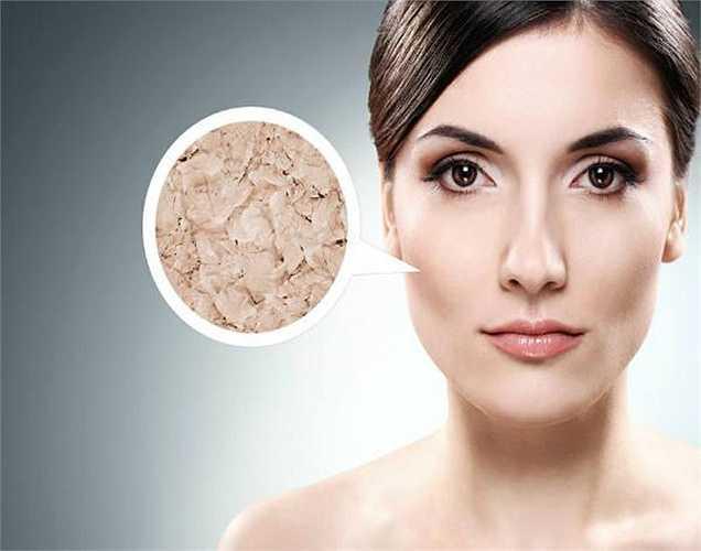 Phục hồi da: Vitamin C cũng giúp trong việc hình thành collagen trong da và tái tạo nó. Vì vậy, cà chua cũng chữa lành da bị hư hại.