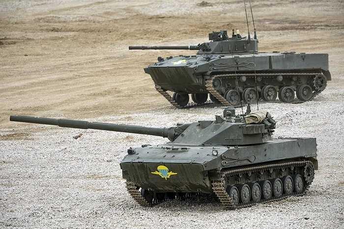 Pháo tự hành diệt tăng 2S25 Sprut-SD của lực lượng đổ bộ dù Nga