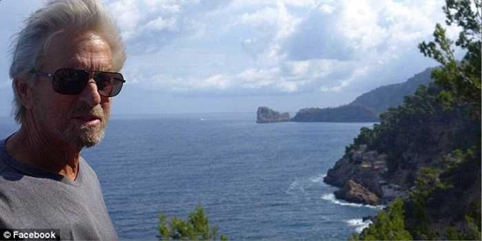 Tài tử Michael Douglas, được biết đến trong bộ phim bom tấn gần đây 'Người Kiến', đã quyết định rao bán hòn đảo được coi là 'một mảnh linh hồn' của ông với giá không thể rẻ hơn 60 triệu USD cho lãnh địa rộng hơn 100 ha này