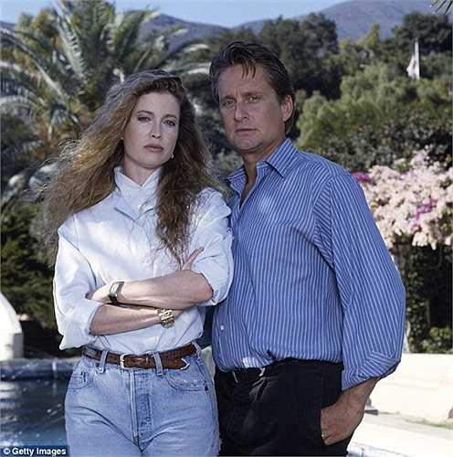 Tài tử này mua hòn đảo xinh đẹp ngoài khơi Majorca vào năm 1989 cùng người vợ thời điểm đó là Diandra