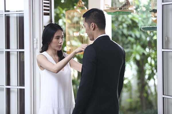 Bộ phim 'Chuyện tình Maldives' với sự tham gia của Thủy Tiên vừa hé lộ một vài cảnh quay trong phim với bối cảnh tại Sài Gòn.