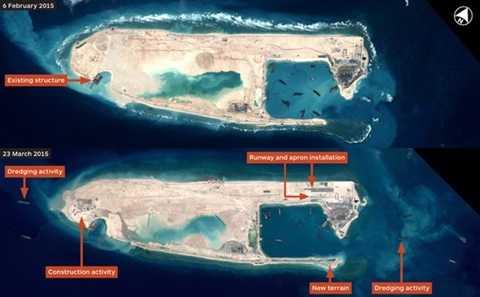 Hình ảnh chụp vệ tinh cho thấy Trung Quốc tiến hành xây dựng trái phép đường băng thứ nhất trên đá Chữ Thập thuộc quần đảo Trường Sa (Việt Nam), hồi tháng 2. (Nguồn: IHS Jane's Defense Weekly)