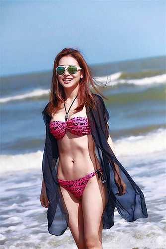 Tháng 6 vừa qua, hoa hậu Jennifer Phạm cũng khoe những bức ảnh chụp ở Sầm Sơn.