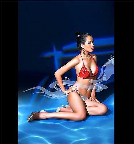 Sau khi giành vương miện Hoa hậu Việt Nam 2006, Mai Phương Thúy cũng thực hiện một bộ ảnh bikini để tri ân thành phố biển Nha Trang.