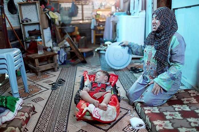 Trong ngôi nhà nóng bức ở Palestine