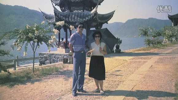 Đạo diễn với Lâm Chí Khiêm, chỉ đạo võ thuật và đóng một số vai trong phim. Nguồn: Zing