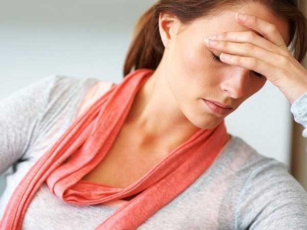 Trầm cảm và lo âu: Nước giải khát không cồn có thể gây thay đổi tâm trạng, trầm cảm và dễ bị kích thích trong thời gian dài. Các chất hóa học trong nước giải khát làm thay đổi thành phần hóa học của não gây ra tâm trạng kém và trầm cảm.