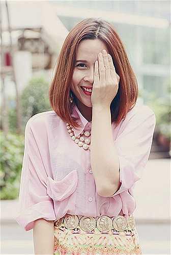 Nhưng vài năm gần đây, Lưu Hương Giang đã 'lột xác' và trở thành quý cô sành điệu thực sự.