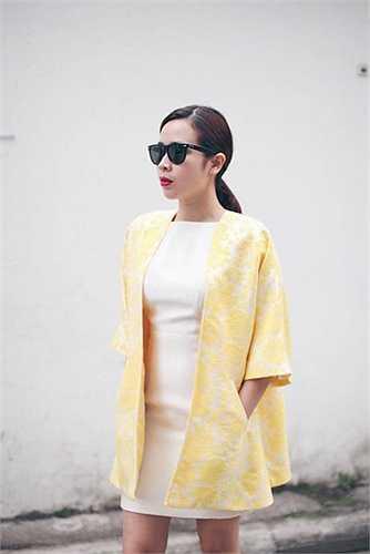 Được đánh giá cao nhất có lẽ là phong cách thời trang đường phố của Lưu Hương Giang.