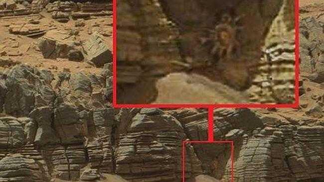 Vật thể lạ giống cua được phát hiện trong bức ảnh chụp trên sao Hỏa.