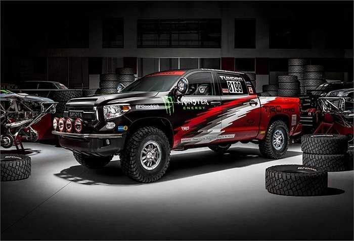 Toyota chính thức cho ra mắt mẫu xe mới Tundra TRD Pro dành cho các cuộc đua xe bán tải trên thế giới.