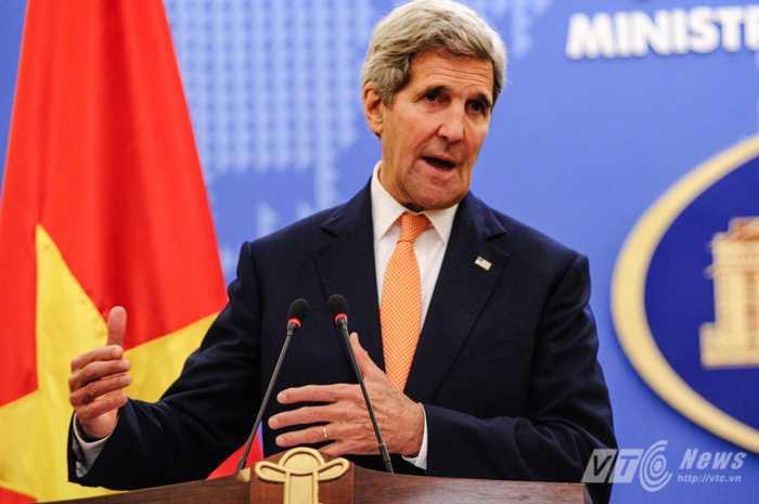Ông Kerry đánh giá cao việc Việt Nam tham gia lực lượng gìn giữ hòa bình của Liên Hợp Quốc - Ảnh: Tùng Đinh