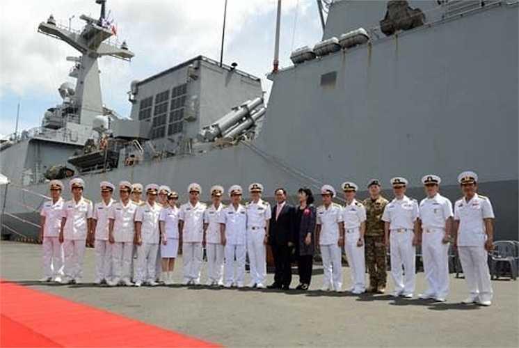 Trong thời gian ở TP Hồ Chí Minh, các sĩ quan chỉ huy và thủy thủ Hàn Quốc sẽ thăm Bộ tư lệnh Vùng 2 Hải quân và tham quan một số địa danh, thắng cảnh của thành phố.