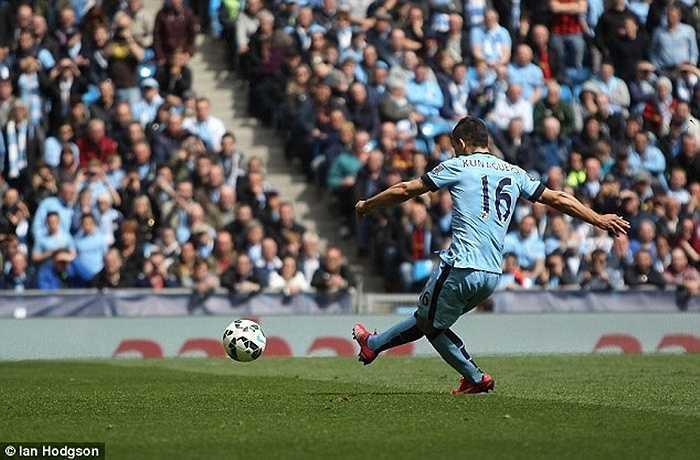 Với số áo cũ 16, Aguero từng ghi rất nhiều bàn thắng, trong đó có pha lập công phút bù giờ giúp Man City đăng quang ở mùa 2011-12