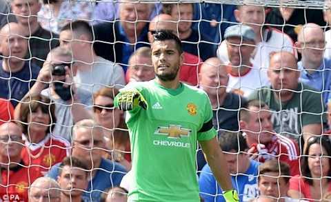 Sau một vài tình huống lập bập đầu trận, Romero đã bắt chắc chắn hơn