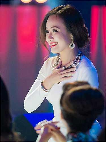 Hoài Anh là một trong những BTV được nhiều khán giả chú ý và yêu mến nhất VTV. Cô gây ấn tượng mạnh với khản giả bởi chât giọng miền Nam nhỏ nhẹ và dễ nghe.
