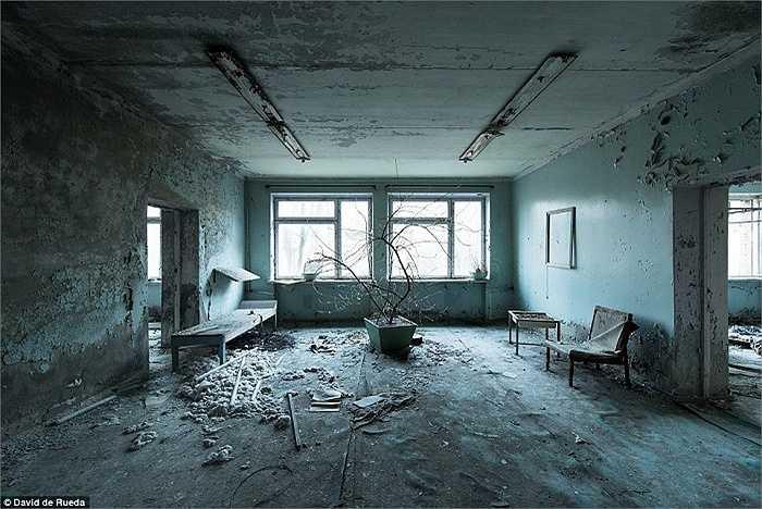 Thị trấn 'ma' Pripyat ở Ukraine không một bóng người sau thảm họa hạt nhân Chernobyl năm 1986