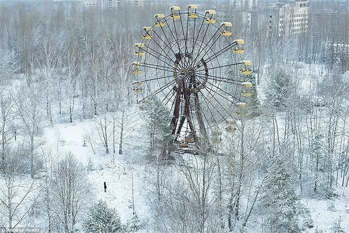 Vòng đu quay khổng lồ nổi tiếng ở thị trấn Pripyat, Ukraine
