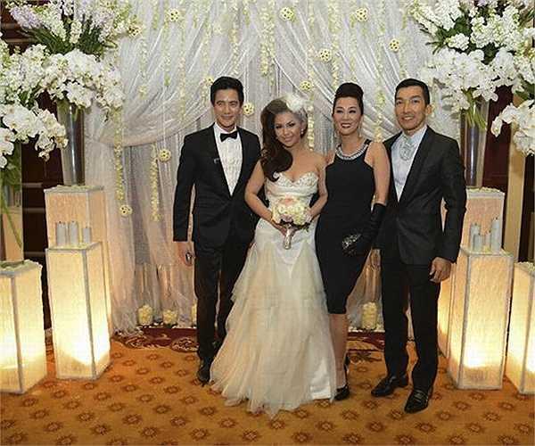 Đầu năm 2013, Minh Tuyết đã lập gia đình với Diep Nghi Keith, một doanh nhân người Mỹ gốc Việt thành đạt.